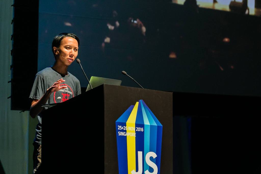Chee Aun speaking at JSConf.Asia 2016