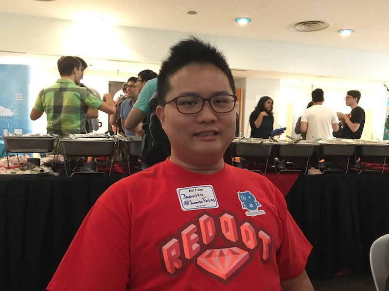 Juanito Fatas wearing the RedDotRubyConf 2016 red t-shirt